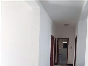 瑞民家园3室2厅1卫带26平米车库,是商品房