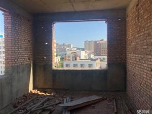二高对面西200米3室2厅毛坯房四楼