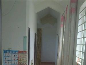 新新家园阁楼2室1厅1卫赔钱卖