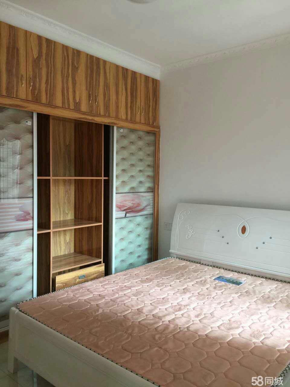安居凤凰城2室2厅83平米精装修年付