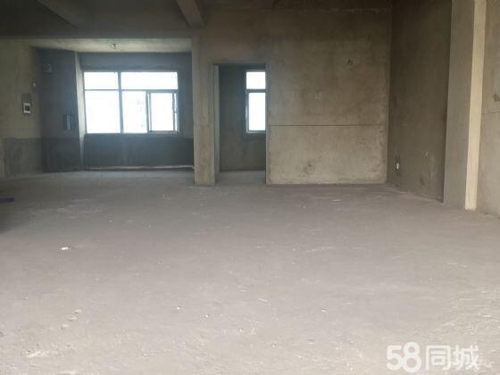 环山路尚易佳园复式楼景观房采光超好带38平米车库