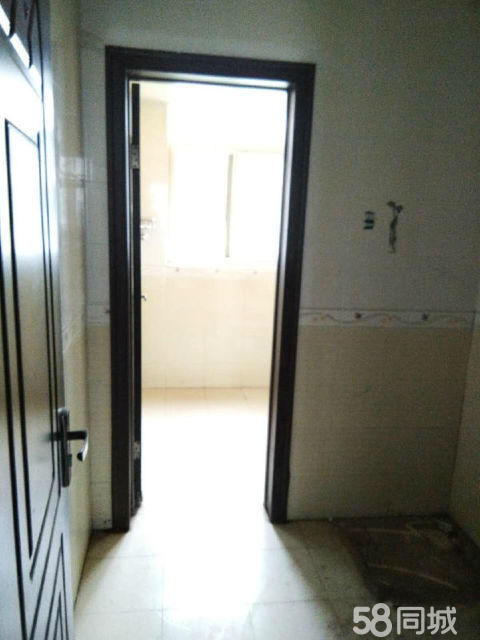 濮阳县心怡花园3室2厅127平米中等装修年付