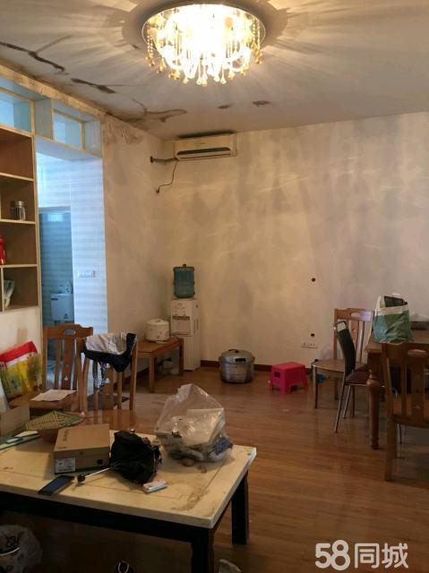 金沙江小学附近两室中装全齐拎包入住1200/月