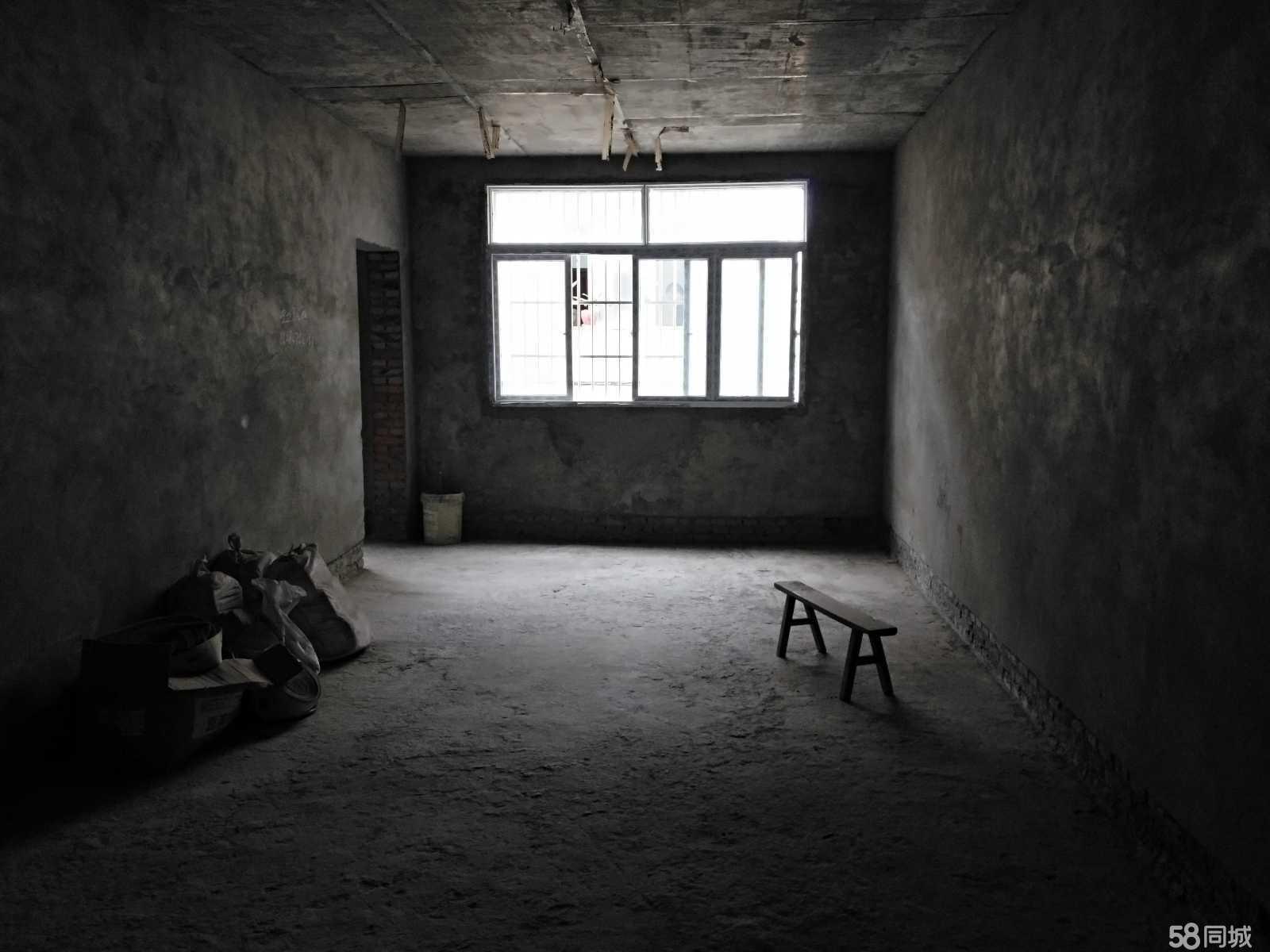 恩阳赵家大院旁4室2厅2卫120平米