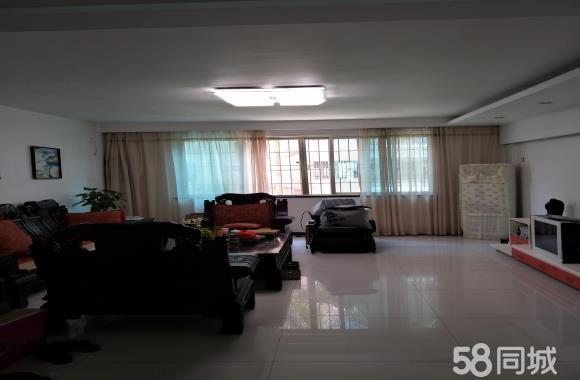 蕉城中国电信旁小区4室2厅2卫189精装出售