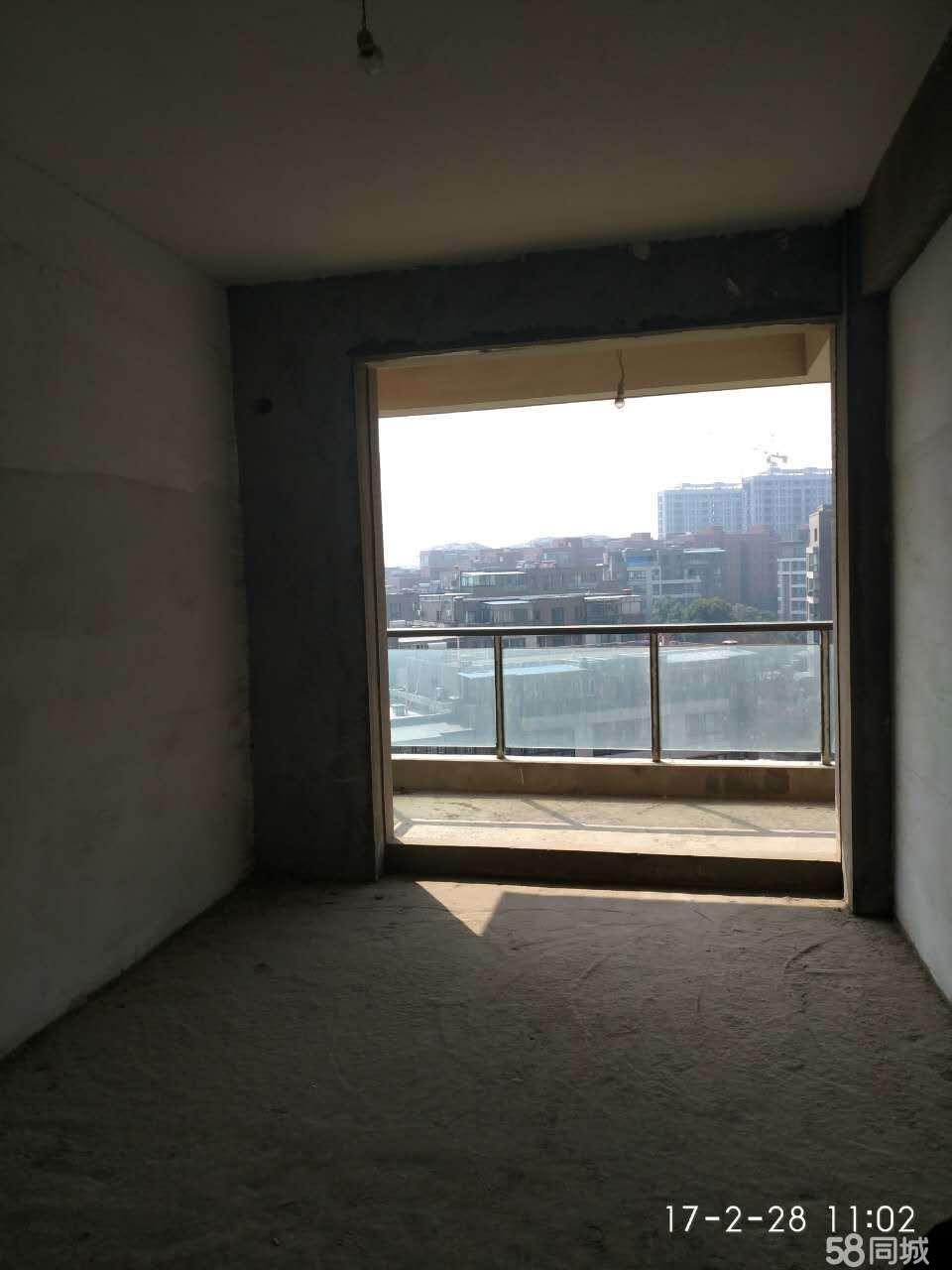 天鹅广场金宇小区3室2厅2卫146�O