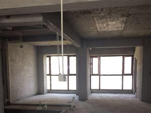 蕉城宝信郦景阳光4室2厅150平米毛坯押一付三