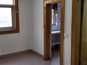 周口七一路二小附近丨一楼带院3室1厅1卫