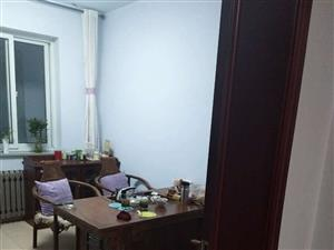 南街家苑3室2厅1卫