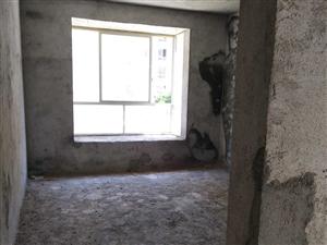 低楼层毛坯江华华宇萧湘城3室2厅2卫131平米
