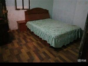 上江北新房子1楼,1室1厅40平米简单装修押一付三