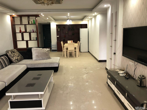 淅川滨江苑3室2厅128平米精装修有阳光房