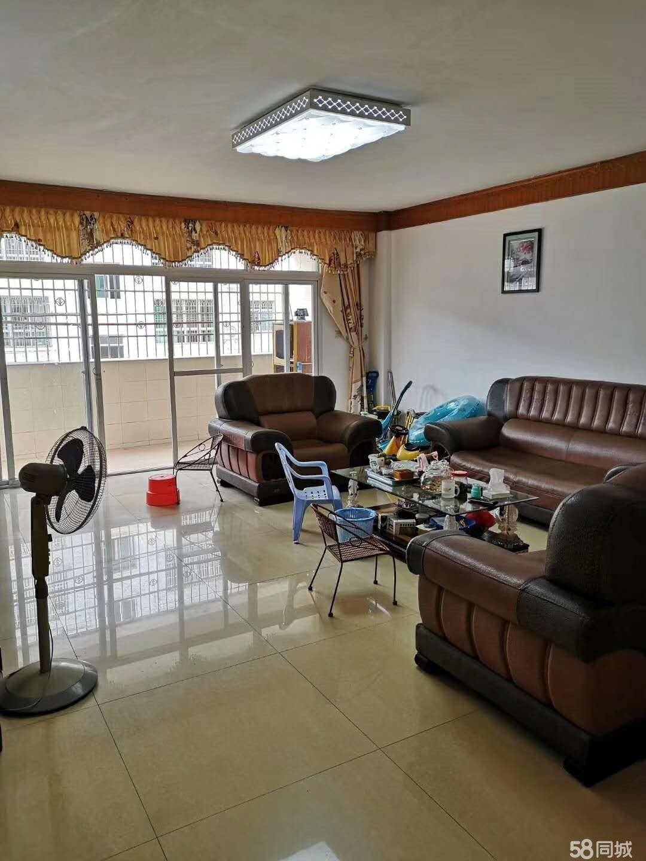 城区东门东环小区3室2厅2卫154.27平米