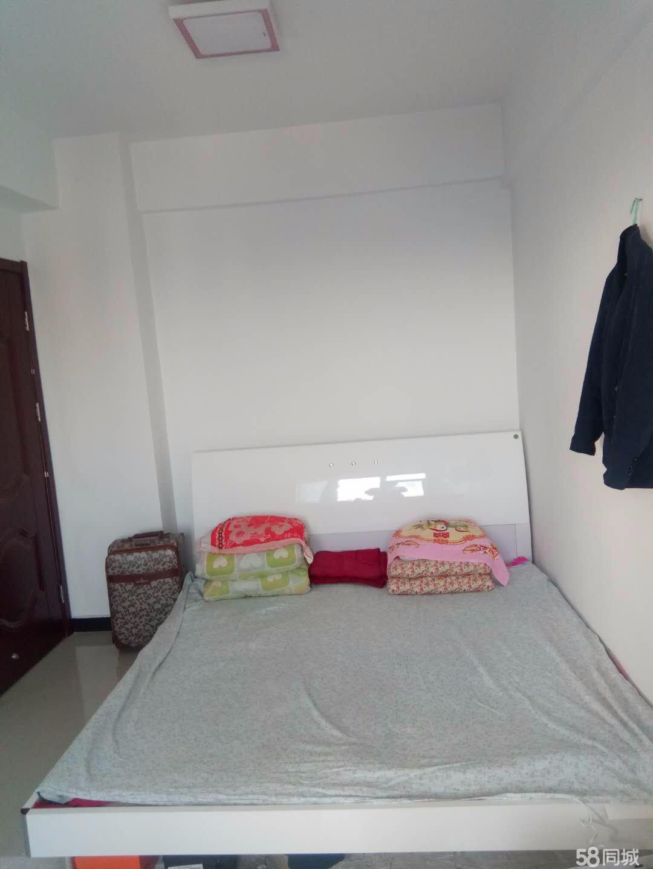 卢龙彩虹国际2室1厅1卫58.34平米