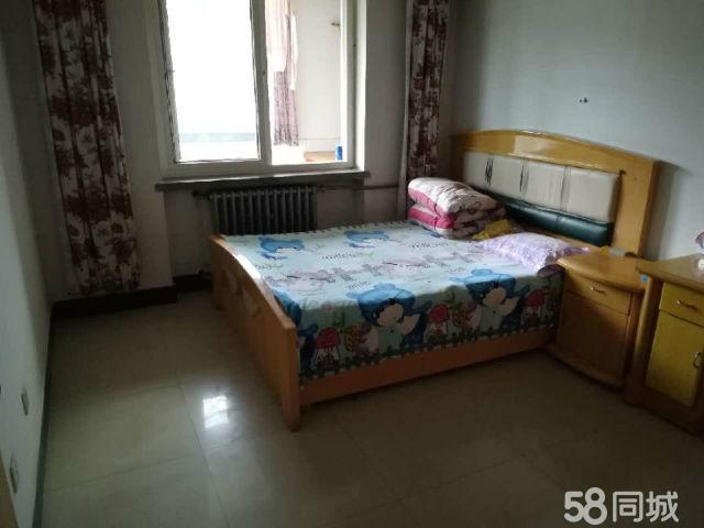武山东关国土局家3室2厅133平米中等装修押一付三