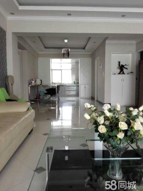 阳光新城3室2厅140平米住房出租,精装修装拎包入住,年付