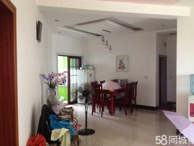 泸县龙都花园3室2厅130平米中等装修半年付