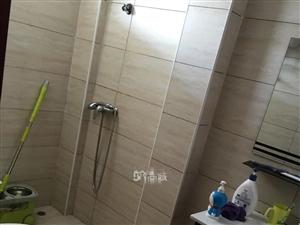 华鑫锦绣园1166元1室1厅1卫普通装修,环境幽静,居