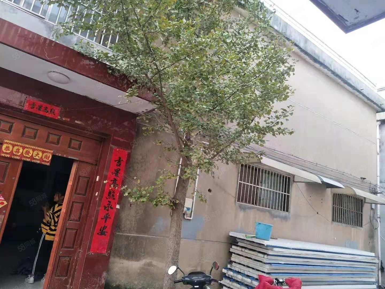 新东爱民路民房,3层楼,1000一月~~拆迁户一大家够住