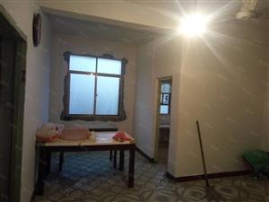 抚北路,造纸厂,2房,租金500元/月,家具简单,拎包入住