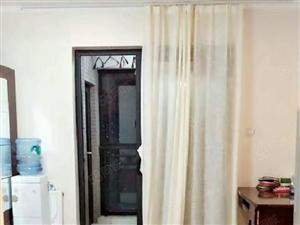 升龙国际,精装标准的一室一厅,双气繁华地段