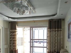 东方威尼斯校区房精装三室拎包入住