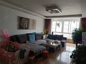 实验小学学期房康泰小区138平米四居室精装修售价65万