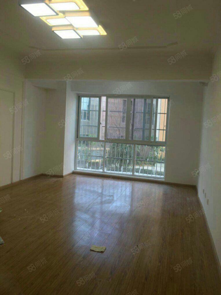 金沙天韵电梯3室全新简装空房厨卫齐全非常适宜办公