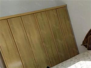 电业局宿舍3楼精装3室,干净,供暖中,家具家电,好停车