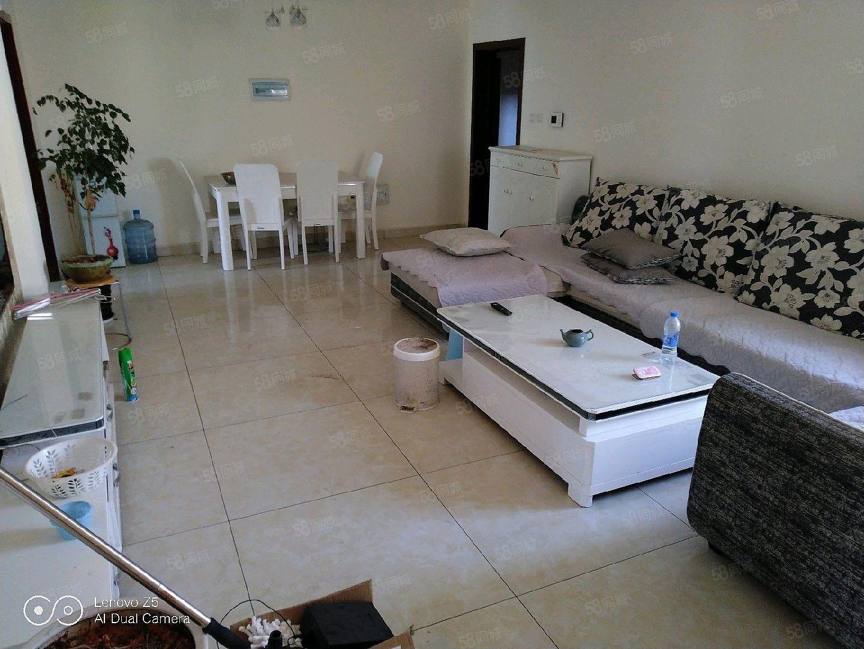 游泳馆新房子2室1厅1厨1卫家具齐全欢迎看房