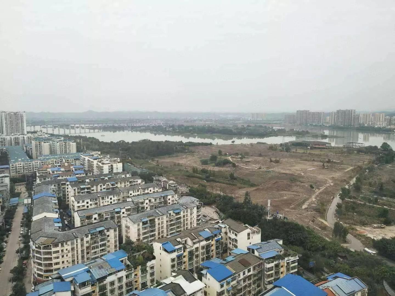 急售:盛世上江城三桥旁清水3房仅此一套看房有钥匙