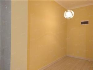 实景婚房装修3卧室朝南观景落地窗紧致3房