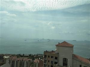 挑高复式,赠送100多平超大露台,一线海景,正对双鱼岛