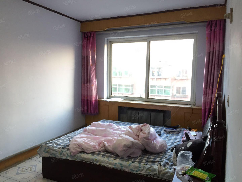 昆明街35号楼东方豪庭东门包取暖室内干净拎包即住