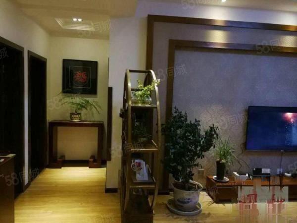 (耀扬好房)丽月林语136平米豪装公寓可贷款!