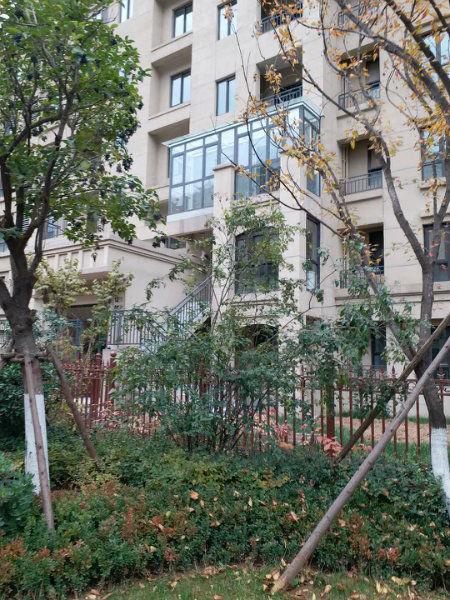 西安周边西西安小蔷薇溪谷电梯洋房顶跃一带二送大露台客厅挑空