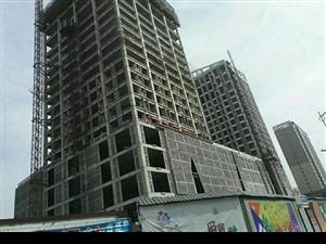 车站旁阳光公寓西侧十万左右大产权一铺一本