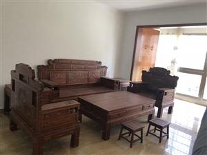 东紫门3室2厅2卫实木精装。好楼城红本在手
