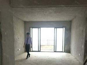 滨江路枫丹白露旁江岸公务员小区一线江景房户型方正
