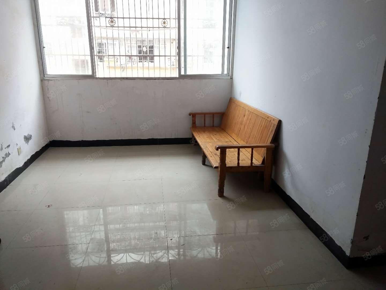 安居蟠龙湾政府旁好楼层2楼简单装修