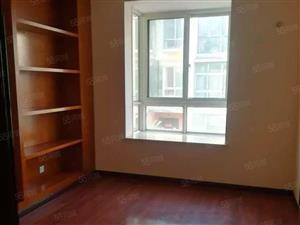 一二楼叠加别墅低价出租要求稳定租户