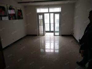 锦绣兰庭5楼两室出售,价格不高!