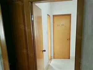 沃尔玛附近东侨花苑小区中间楼层2室2厅1卫