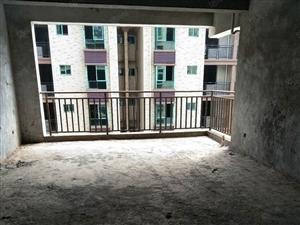 建欣家园二期2楼4室2厅2卫纯毛坯即买即装修