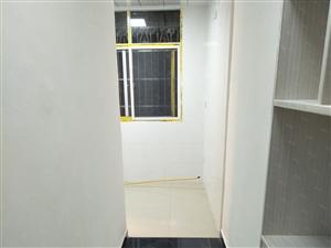 七星广场附近二室二厅精装房出售