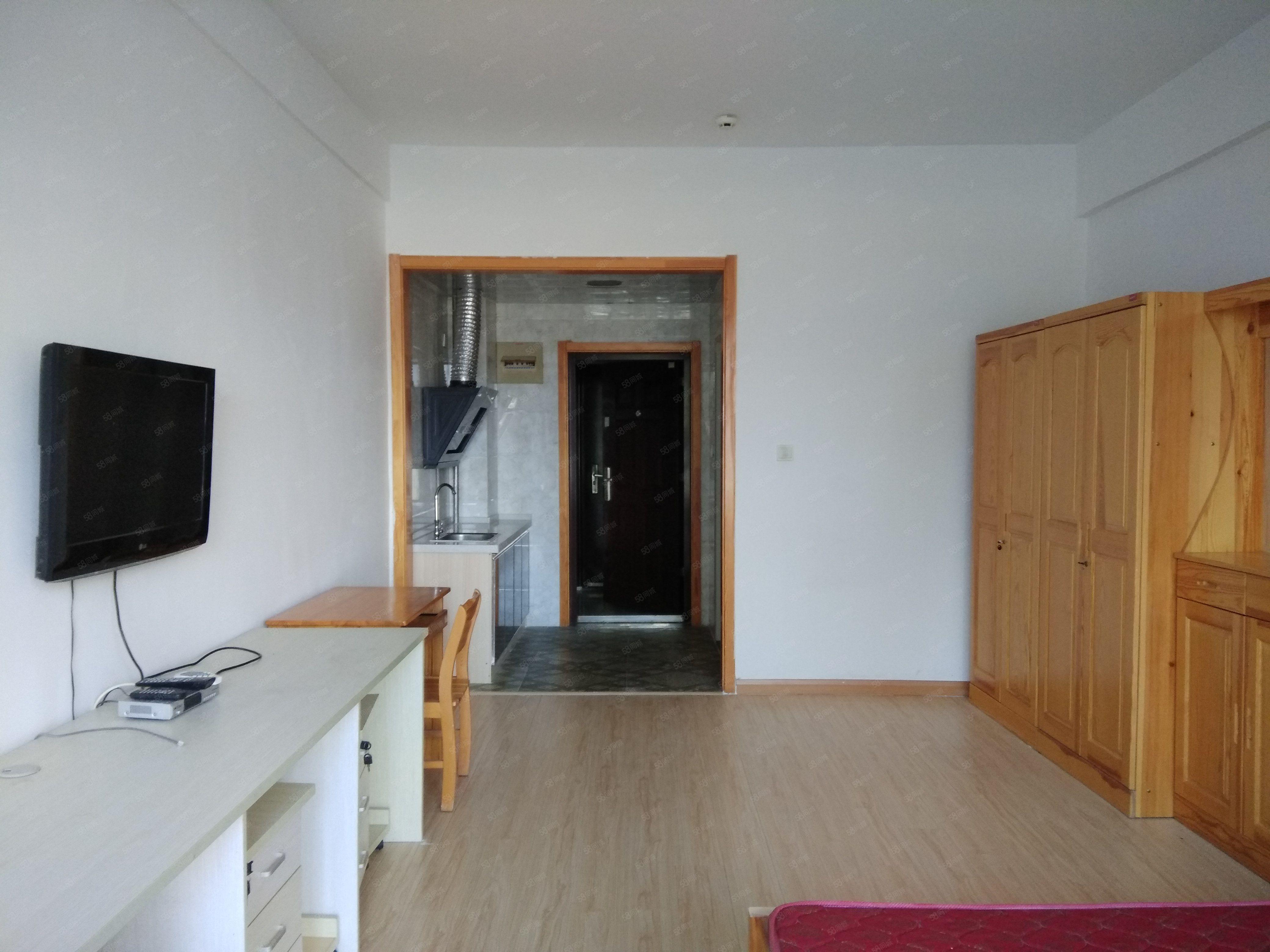 多套公寓出租独立卫生间并能做饭干净明亮的好房子