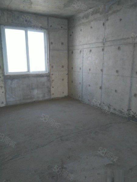 咸阳市中心高档住宅小区外滩一号复式豪宅赠送露台急售!