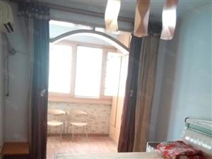 嵩山北路都市丽茵一室一厅精装修家具家电齐全