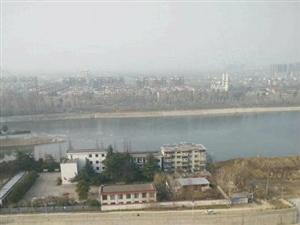 急售滨江国际水岸花园临河景观毛坯房双卧朝南首付22万