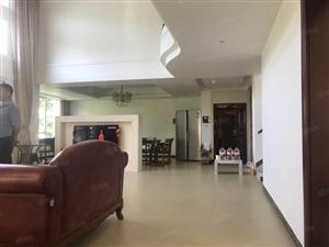 海甸岛江南城叠拼别墅、上叠拼带车位、装修好的直接入住